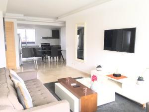 Apartamento En Alquileren Distrito Nacional, Naco, Republica Dominicana, DO RAH: 20-349