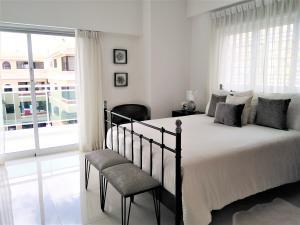Apartamento En Alquileren Distrito Nacional, Evaristo Morales, Republica Dominicana, DO RAH: 20-363