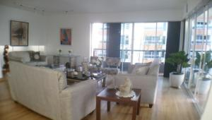 Apartamento En Alquileren Distrito Nacional, Evaristo Morales, Republica Dominicana, DO RAH: 20-405