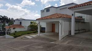 Casa En Ventaen Distrito Nacional, Cuesta Hermosa Ii, Republica Dominicana, DO RAH: 20-417