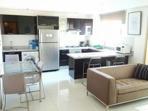 Apartamento En Alquileren Distrito Nacional, Piantini, Republica Dominicana, DO RAH: 20-428