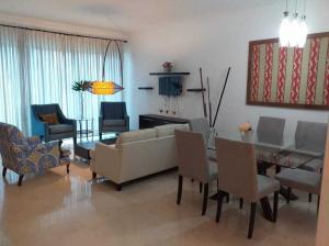 Apartamento En Alquileren Distrito Nacional, Piantini, Republica Dominicana, DO RAH: 20-484