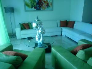Apartamento En Alquileren Distrito Nacional, Bella Vista, Republica Dominicana, DO RAH: 20-500