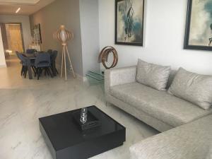 Apartamento En Ventaen Juan Dolio, Juan Dolio, Republica Dominicana, DO RAH: 20-548