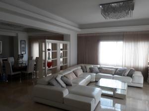 Apartamento En Alquileren Distrito Nacional, Piantini, Republica Dominicana, DO RAH: 20-793