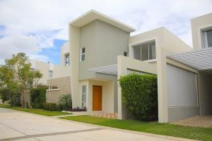 Casa En Ventaen Punta Cana, Punta Cana, Republica Dominicana, DO RAH: 20-899