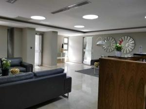 Apartamento En Alquileren Distrito Nacional, La Esperilla, Republica Dominicana, DO RAH: 20-1091