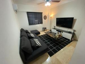 Apartamento En Alquileren Distrito Nacional, Piantini, Republica Dominicana, DO RAH: 20-1109