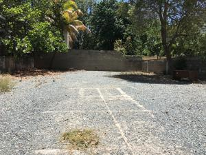 Terreno En Alquileren Distrito Nacional, Evaristo Morales, Republica Dominicana, DO RAH: 20-1121