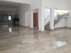 Casa En Ventaen Distrito Nacional, Cuesta Hermosa Ii, Republica Dominicana, DO RAH: 20-132