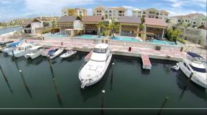 Casa En Ventaen Punta Cana, Cap Cana, Republica Dominicana, DO RAH: 20-1233