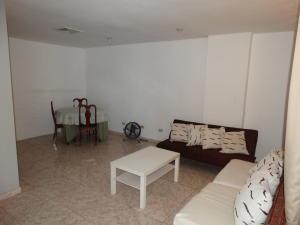 Apartamento En Alquileren Distrito Nacional, Bella Vista, Republica Dominicana, DO RAH: 20-1258
