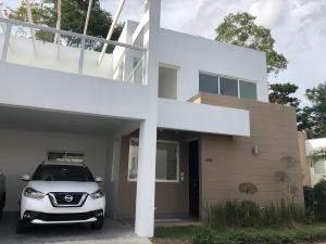 Casa En Alquileren Distrito Nacional, Cuesta Hermosa Ii, Republica Dominicana, DO RAH: 20-1300