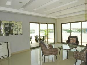 Apartamento En Ventaen Distrito Nacional, Los Prados, Republica Dominicana, DO RAH: 20-1326