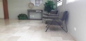 Apartamento En Ventaen Distrito Nacional, Evaristo Morales, Republica Dominicana, DO RAH: 20-1354