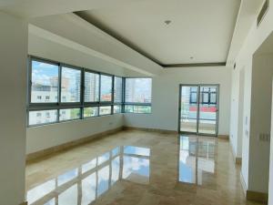 Apartamento En Alquileren Distrito Nacional, Mirador Sur, Republica Dominicana, DO RAH: 20-1378