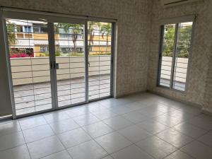 Apartamento En Alquileren Distrito Nacional, Mirador Sur, Republica Dominicana, DO RAH: 20-1405