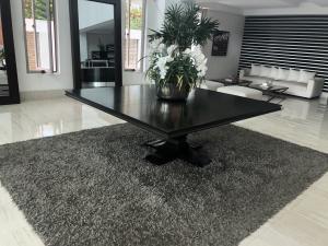 Apartamento En Alquileren Distrito Nacional, Bella Vista, Republica Dominicana, DO RAH: 20-1406