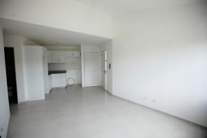 Apartamento En Ventaen Santo Domingo Norte, Cd Modelo Mirador Norte, Republica Dominicana, DO RAH: 20-1412