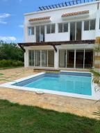 Casa En Ventaen La Romana, La Romana, Republica Dominicana, DO RAH: 20-1422