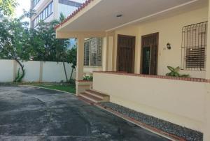 Casa En Alquileren Distrito Nacional, Gazcue, Republica Dominicana, DO RAH: 20-1550