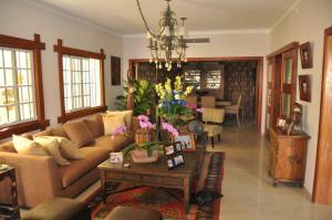 Casa En Ventaen Distrito Nacional, Altos De Arroyo Hondo, Republica Dominicana, DO RAH: 20-1563