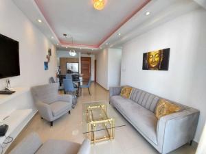 Apartamento En Alquileren Distrito Nacional, Evaristo Morales, Republica Dominicana, DO RAH: 20-1712