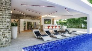 Apartamento En Ventaen Distrito Nacional, Evaristo Morales, Republica Dominicana, DO RAH: 21-10