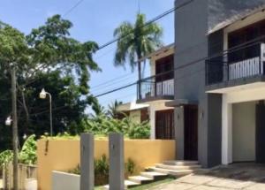 Casa En Ventaen Distrito Nacional, Altos De Arroyo Hondo, Republica Dominicana, DO RAH: 21-74