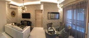 Apartamento En Alquileren Distrito Nacional, Piantini, Republica Dominicana, DO RAH: 21-82