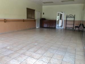 Local Comercial En Alquileren Distrito Nacional, Mirador Norte, Republica Dominicana, DO RAH: 21-101