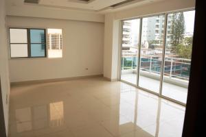 Apartamento En Alquileren Distrito Nacional, Evaristo Morales, Republica Dominicana, DO RAH: 21-143