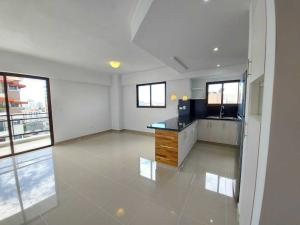 Apartamento En Alquileren Distrito Nacional, Evaristo Morales, Republica Dominicana, DO RAH: 21-149