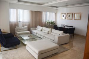 Apartamento En Ventaen Distrito Nacional, Piantini, Republica Dominicana, DO RAH: 21-203