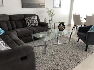 Apartamento En Alquileren Distrito Nacional, Los Cacicazgos, Republica Dominicana, DO RAH: 21-215