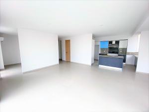Apartamento En Ventaen Distrito Nacional, Evaristo Morales, Republica Dominicana, DO RAH: 21-216