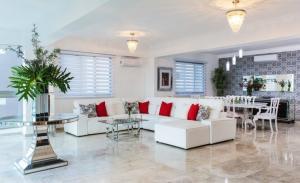 Apartamento En Alquileren Distrito Nacional, Los Cacicazgos, Republica Dominicana, DO RAH: 21-217