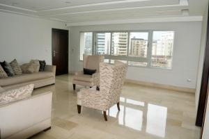 Apartamento En Ventaen Distrito Nacional, Serralles, Republica Dominicana, DO RAH: 21-241