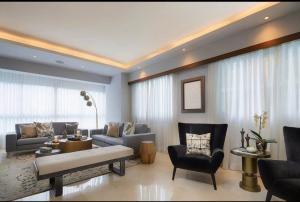 Apartamento En Ventaen Distrito Nacional, Piantini, Republica Dominicana, DO RAH: 21-243
