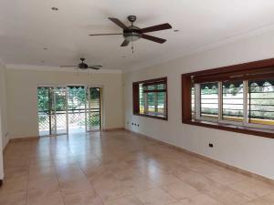 Casa En Alquileren Distrito Nacional, Altos De Arroyo Hondo, Republica Dominicana, DO RAH: 21-231