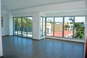 Apartamento En Alquileren Distrito Nacional, Naco, Republica Dominicana, DO RAH: 21-273