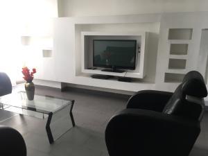 Apartamento En Alquileren Distrito Nacional, El Millon, Republica Dominicana, DO RAH: 21-359