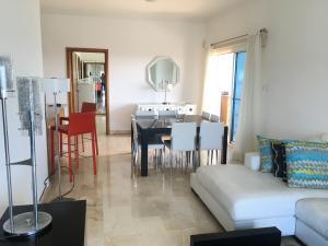 Apartamento En Alquileren Distrito Nacional, Piantini, Republica Dominicana, DO RAH: 21-361