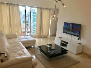 Apartamento En Alquileren Distrito Nacional, Piantini, Republica Dominicana, DO RAH: 21-369
