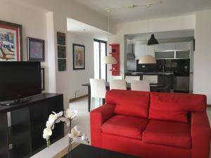 Apartamento En Alquileren Distrito Nacional, Evaristo Morales, Republica Dominicana, DO RAH: 21-376