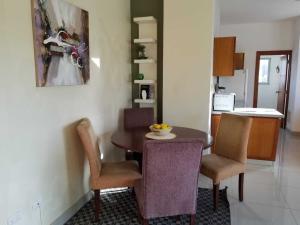 Apartamento En Ventaen Distrito Nacional, Evaristo Morales, Republica Dominicana, DO RAH: 21-388