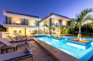 Casa En Ventaen Punta Cana, Bavaro, Republica Dominicana, DO RAH: 21-393
