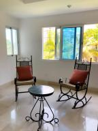 Apartamento En Alquileren Distrito Nacional, El Vergel, Republica Dominicana, DO RAH: 21-408