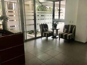Apartamento En Alquileren Distrito Nacional, Mirador Sur, Republica Dominicana, DO RAH: 21-445