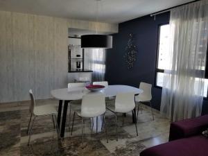 Apartamento En Alquileren Distrito Nacional, Piantini, Republica Dominicana, DO RAH: 21-538